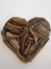 Driftwood-heart (Dr. ftwood) Tags: ocean wood sea sculpture art love beach nature strand turkey sand meer heart natur valentine trkei driftwood holz sonne valentin herz liebe alanya ak kalp treibholz yalos salzwasser driftwoodart
