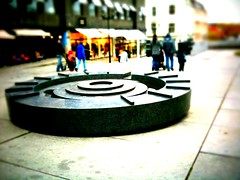 Handelstorget (bitjungle) Tags: monument norway iphone skien iphoneography
