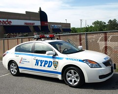 P122s NYPD Nissan Altima Hybrid Police Car, Staten Island, New York City (jag9889) Tags: county new york city nyc blue house ny newyork building green car station island office automobile ebay nissan satellite police nypd richmond transportation vehicle 5000 statenisland altima 2009 department lawenforcement finest staten 122 precinct hybird newdorp firstresponders richmondavenue newyorkcitypolicedepartment p122 nissanaltimahybrid y2009 jag9889