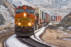 Frosted tracks (K-Szok-Photography) Tags: california snow mountains canon outdoors socal canondslr bnsf locomotives cajon railroads inlandempire cajonpass alltrains movingtrains deserttrains sbcusa alltypesoftransport