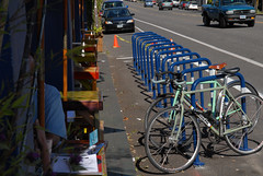 New bike parking on Glisan at 28th-3