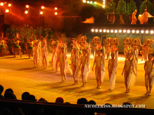 perfomers in nude costumes