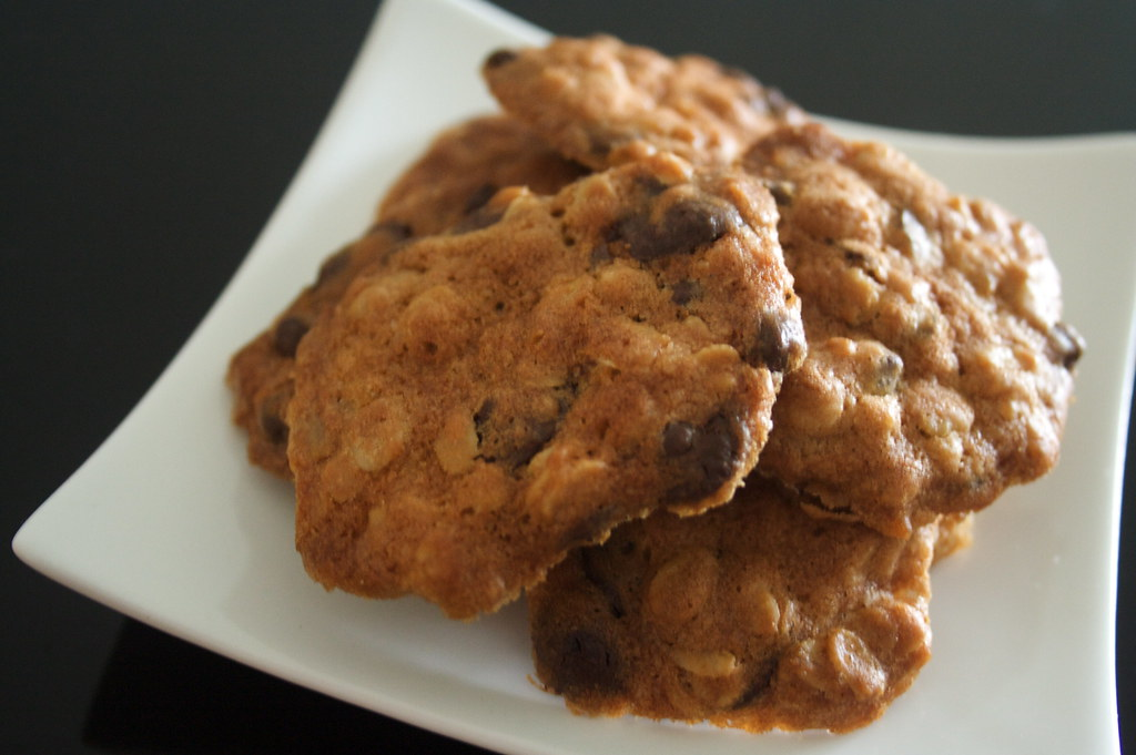 Chocolate Chip & Rolled Oat Cookies