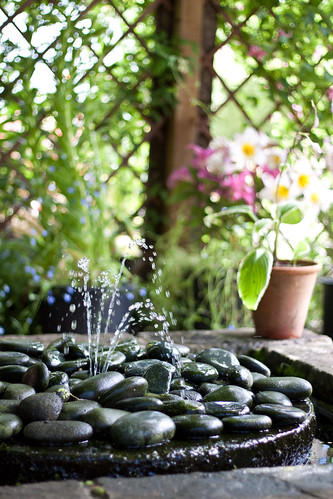 Pebble fountain