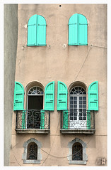 Green Eyelids (fs999) Tags: green window pentax collioure fenetre aficionados artcafe alignements vob digitalcameraclub sigma1770 sigma1770mmf2845dcmacro k20d vuedenbas ashotadayorso justpentax pentaxk20d topqualityimage flickrlovers topqualityimageonly fs999