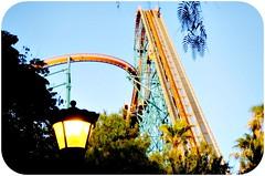 Goliath (Josu Pineda) Tags: california park usa mountain la los angeles magic samsung x flags superman revenge scream batman roller theme sixflags goliath six coaster vu deja colossus tatsu nv3 riddlers