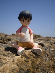 Cute!!!!!! (Lnovell7) Tags: sea anime sol beach toy toys actionfigure mar manga playa figure mallorca yotsuba revoltech jfigure escarnatge miurahayasaka