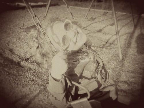 swinging curls