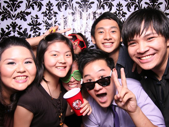 113743 by Poof Photobooth