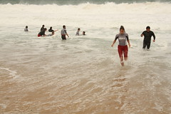 alerte a malibu (SurfCitoyen) Tags: ocean camping camp surf ride sable libre baines ripcurl jeunes surfriderfoundation ecologie glisse environement citoyens jeunesses citoyennes