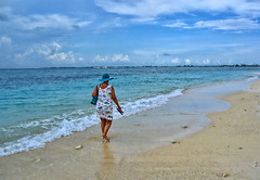 A Walk in the Cayman Islands (Jeff Clow) Tags: vacation holiday beach shoreline tropical caribbean caymanislands jeffrclow