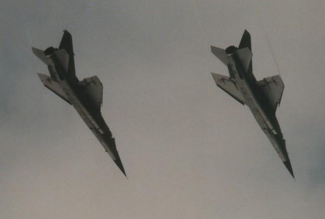 Photos d'avions militaires - Page 15 3955088761_83c4e68f3f_z