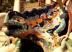Gaudi's Dragon Fountain (antonioVi (Antonio Vidigal)) Tags: barcelona park canon spain dragon gaudi 1770 guell sigme 40d antoniovidigal antoniovi