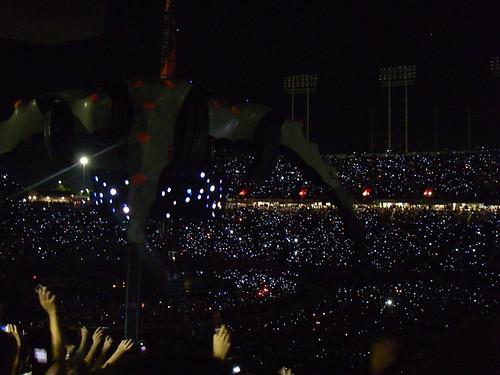 cell phones light the stadium