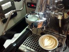 6oz cappuccino (RobsonBarista) Tags: david art coffee heart robson espresso latte cappuccino barista