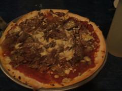 Ribeye and gorgonzola pizza