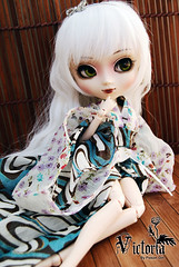 Victoria - Pullip Blanche (-Poison Girl-) Tags: new girls white black green eye butterfly eyes doll closed dolls victoria pale wig yukata groove kimono pullip blanche pullips poisongirl sayuri closedeyes obitsu eyechips junplanning eyelaches rewigged rechipped sbhm sbhl pullipblanche youtsuzu pullipyoutsuzu