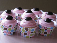 crush on you ~ mini peppermint cupcakes by jules_cupcakes