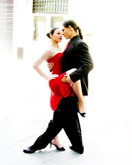 Tango on the street (posterboy2007) Tags: hot argentina girl canon dance buenosaires tango chicks females santelmo hotchicks tangodancers tangoshoes s5is tangogirl tangofeet tangobodies
