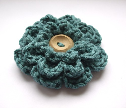Ravelry: Rose Buds Brooch Crochet pattern by Alla Koval