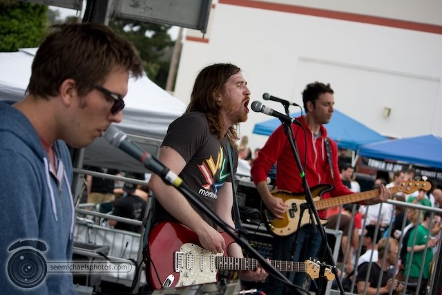 Tapes n Tapes at the Karl Strauss Beach to Brewery Fest 50909© Michael Klayman-023