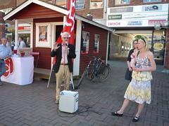 Jag och Ingvar Carlsson har torgmöte i Västerås.