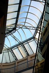 Geometrías (roxboyer) Tags: estudio ojos reflejo tres techos geometría digitalcameraclub roxboyer centroculturalbrown