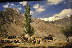 _DSC0887 (petelovespurple) Tags: pakistan june1988 copiedslides k2trek riverbraldu