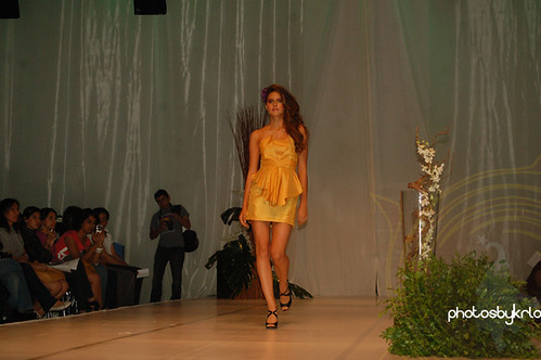 Alicia Chi Colección Primavera-Verano 2010