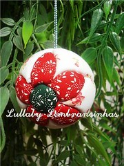 (Lullaby Lembrancinhas) Tags: flores natal artesanato bolas tulipas enfeites decorao abajour arranjos guirlandas fuxicos