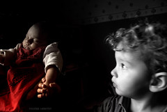 Small hands......... (Nicolas Valentin) Tags: family red france hand touch marion melvin