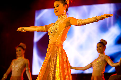 Dancers at a look thung concert, Bangkok