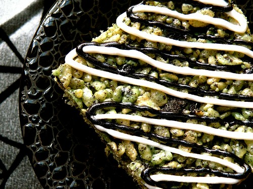 Recipe: Ghoul-icious Mint Green Rice Krispies blog image 1