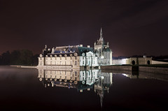 Chantilly's Castle (Vincent Montibus) Tags: longexposure light mist castle night nikon lumire tripod explore nikkor f8 nuit chteau d3 30s afs brume chantilly mtr 2470mm oise trpied explored pauselongue anawesomeshot nikonflickraward