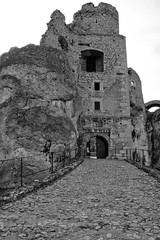IMG_0915 (psaid) Tags: building castle ruins ruin poland polska ruina zamek małopolska budynek ruiny budynki ogrodzieniec zamki budowle budowla średniowiecze maopolska ma³opolska redniowiecze