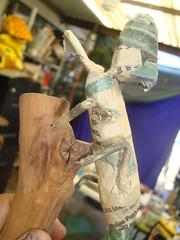 camaleon en proceso (j.carlos velez) Tags: arte carton calaveras mache cuernavaca morelos artesania alebrije papelmache caleveras cartoneria
