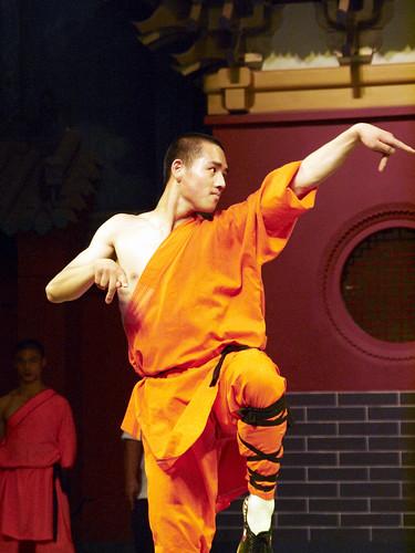 china student martial arts monk olympus henan kung fu luoyang shaolin 18180mm e620