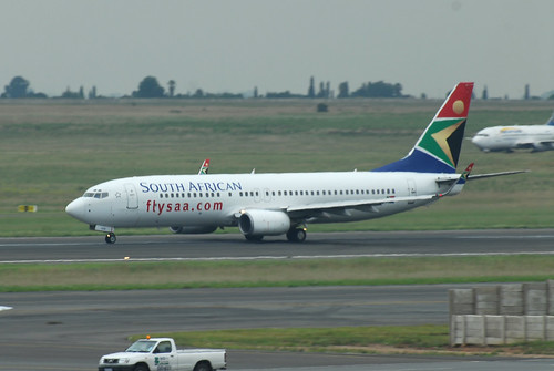 South African 737-800 ZS-SJU