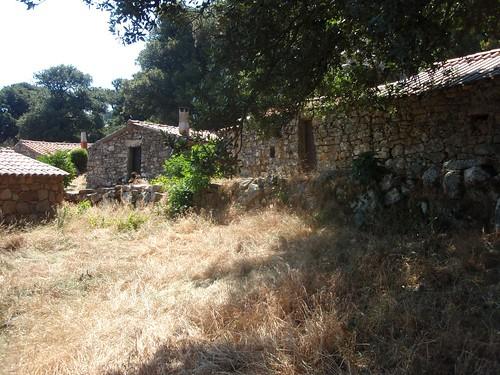 Bergeries de Naseu : au centre du hameau