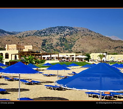 Pilot Beach Resort..Creta 2009.... (FIORASO GIAMPIETRO ITALY....) Tags: travel sunset greek hotel landscapes photo amazing bravo europe mare natura best creta grecia crete excellent always hotels montagna viaggio spiaggia vacanza visualart vacanze sabbia isola emozioni faved greatphoto panorami naturesfinest unityindiversity ladscapes theworldwelivein supershot flickrsbest fioraso kartpostal giampietro anawesomeshot colorphotoaward aplusphoto goldcollection holidaysvacanzeurlaub flickraward frhwofavs theunforgettablepictures overtheexcellence platinumheartaward goldstaraward thesuperbmasterpiece natureselegantshots multimegashot alemdagqualityonlyclub photoshopcreativo grouptripod vosplusbellesphotos alwaysexcellent makanamaikalani artofimages virtualjourney saariysqualitypictures sensationalphoto absolutegoldenmasterpiece savebeautifulearth scattifotografici fiorasogiampietro canondigitalixus980is updatecollection absolutelyperrrfect bestcapturesaoi flickrunitedwinner —obramaestra—