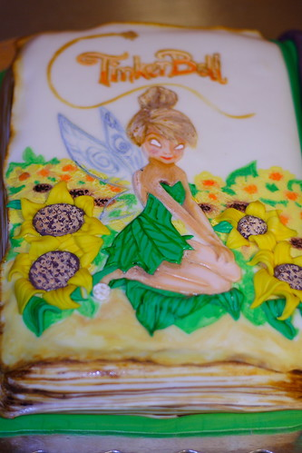 Ellies3rd Bday cake044