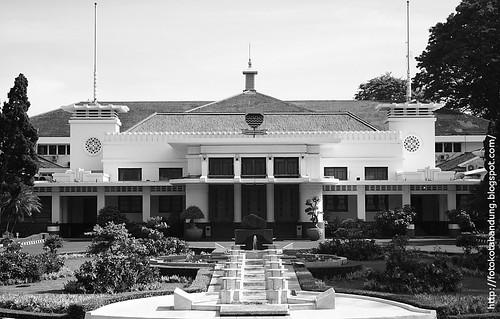 Kantor Gubernur Bandung
