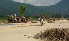 Kon Tum (Post Ketsana) (datadayim) Tags: road storm aftermath asia flood vietnam environment southeast 2009 typhoon kontum ketsana