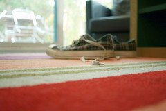 275 - home again home again aka bokehchucks :D (~*rin*~) Tags: nottingham uk england holiday home nature forest carpet woods break chairs bokeh centerparcs patio converse sherwoodforest photoaday villa rug chalet allstar chucks laces nottinghamshire project365 365days 3661 canoneos400d