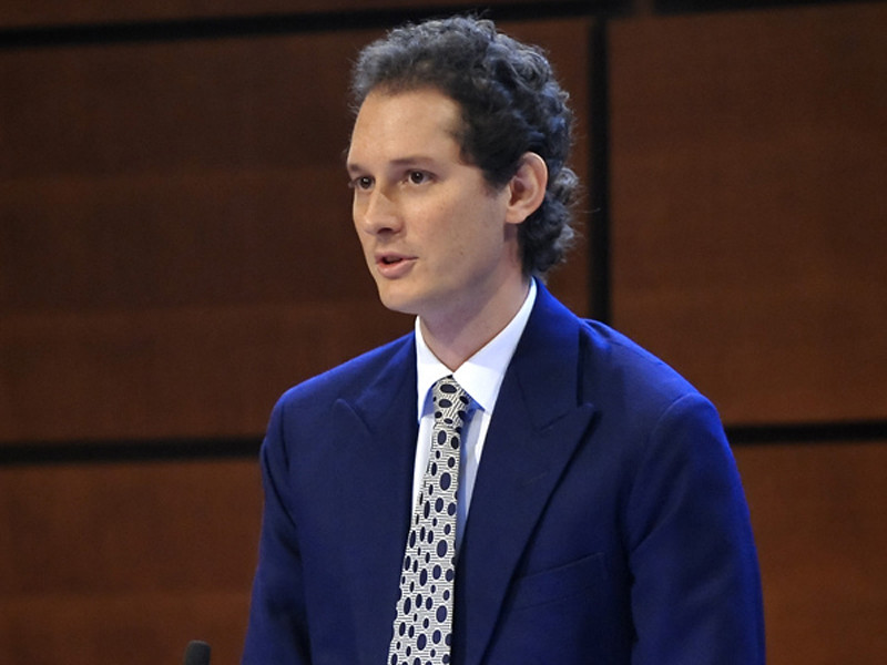 John Elkann chairs the Fiat Shareholders'Meeting in Turin