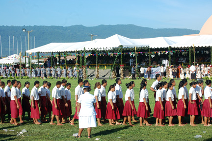 Samoa Independence Day schools' march past (pic courtesy of See Reeves at seereeves.blogspot.com).