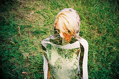 Lomo 0816 (ukaaa) Tags: woman haven green film girl face grass fashion analog docks 35mm project print design student lomo lca lomography exposure shoot fuji dress photoshoot belgium superia ghost models belgi double clothes master negative fujifilm pointandshoot analogue 135 mode vignetting ghent gent spook fotoshoot fujicolor superia200 kaai dokken dok eindwerk hanmannaert miraferyn karenvangodtsenhoven dokgent