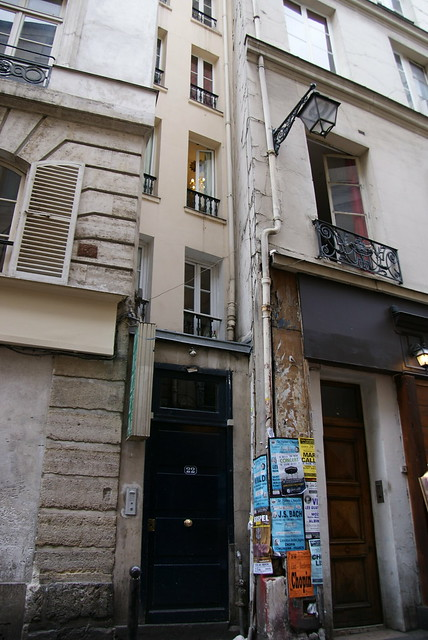 Narrowest house in Paris