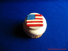 flagcupcake copy