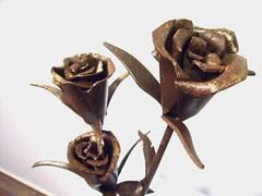 ramillete de rosas (Manuel sculpter) Tags: original sculpture man flower art look animals stone garden insect women iron escultura mangacal